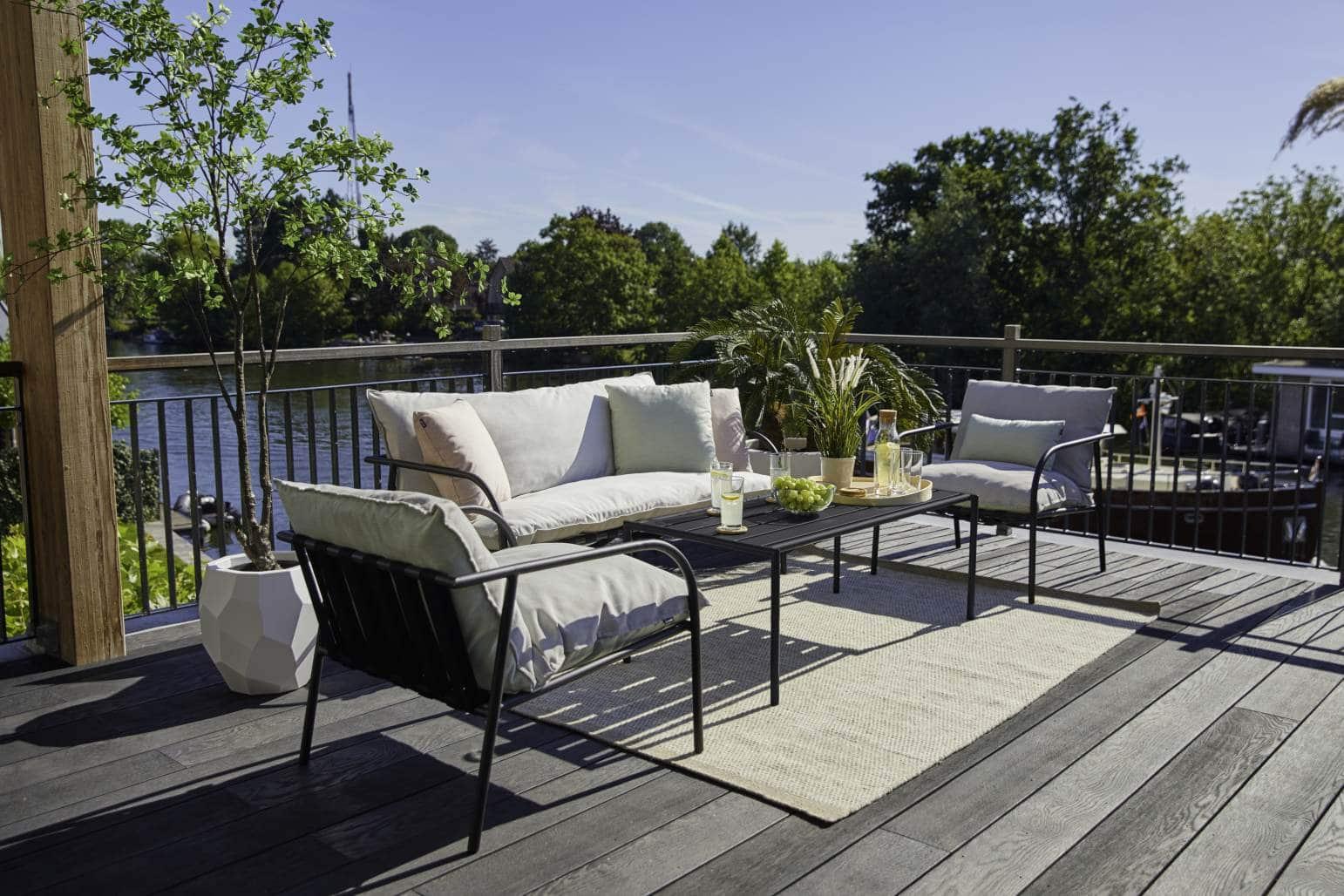 Aluminium Lounge Jeremy mit Couch Tisch